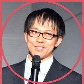 講演する佐藤先生の写真