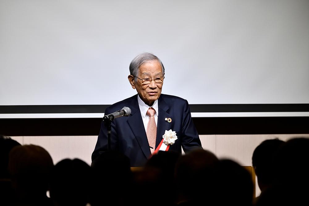 写真:松本理事長挨拶
